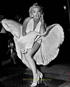 Marilyn Monroe, Fashion Icon |Repinned by www.borabound.com