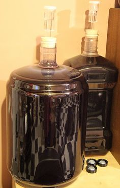 The Feral Turtle: Homemade Raspberry Wine