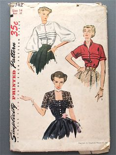 Vintage sewing pattern 3742 Simplicity for blouse in 3 styles. Bust 32 Waist 26 and Hip Pattern is complete. Pattern's envelope is fragile with rips and discoloring. Dress Making Patterns, Vintage Dress Patterns, Blouse Vintage, Vintage Skirt, Clothing Patterns, Moda Vintage, Retro Vintage, Vintage Tops, Vintage Outfits