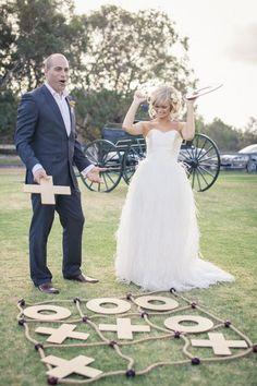(Foto 7 de 12) Juegos para bodas: tres en raya, Galeria de fotos de Juegos para bodas: 12 formas de hacerla más divertida