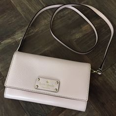 """Kate Spade """"Natalie Wellesley"""" Purse NWOT This Natalie Wellesley Purse is an awesome Valentine's gift. Color is """"Ballet Slipper"""" (a very light pink) ♠ NEW without tags ♠️️ Dust Bag included ♠️ Card Slots Inside kate spade Bags Crossbody Bags"""