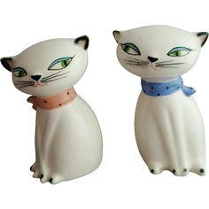 Vintage Kitchen Decor at www.rubylane.com @rubylanecom --Holt Howard Cozy Kittens Cat Salt and Pepper Shakers 1958
