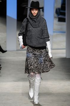 Kenneth Cole Collection - Fall 2014 Ready-to-Wear - Look 31 of 50