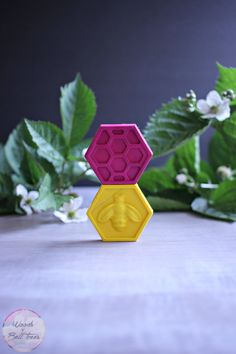 Make these cute DIY honeycomb crayons for party favors at your child's next party - they're also a fun craft to give to the kids during summer break!
