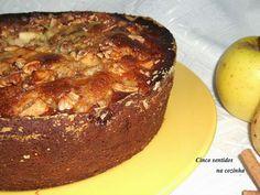Cinco sentidos na cozinha: Bolo de maçã e pêra com nozes