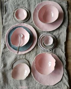 Modern pottery - pink and gray handmade ceramics Ceramic Plates, Ceramic Pottery, Ceramic Art, Slab Pottery, Ceramic Decor, Keramik Design, Paperclay, Decoration, Home Accessories