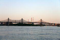 Good times on Roosevelt Island - Queensboro Bridge, New York