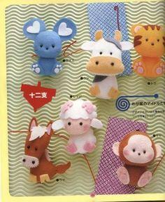 felt animal patterns - so cute! Sad Little Grey Cloud Kawaii Felt Fridge by cute little fox softie Felt Diy, Felt Crafts, Fabric Crafts, Sewing Crafts, Sewing Projects, Craft Projects, Felt Animal Patterns, Stuffed Animal Patterns, Stuffed Animals