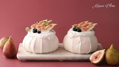 겉 바삭, 속 쫀득 머랭케이크 파블로바를 만들어요 PAVLOVA - YouTube Pavlova, Meringue Cookies, Egg Whites, Mini Cakes, No Bake Desserts, Good Food, Pudding, Baking, Sweet