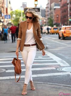 White Jeans, Camel Blazer Casual Chic Style by Brooklyn Blonde Mode Outfits, Casual Outfits, Fashion Outfits, Womens Fashion, Fashion Trends, Fashion Ideas, Ladies Fashion, Diy Fashion, Fashion Inspiration
