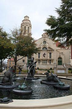 The Storyteller Fountain at 5-Points in Birmingham, AL.