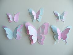 Best 11 PAPER BUTTERFLY – these paper butterflies are so fun to make! You can even add these to a wall. A fun and easy spring craft for kids. Diy Butterfly Decorations, 3d Butterfly Wall Decor, Butterfly Crafts, Butterfly Mobile, Wall Decorations, Spring Crafts For Kids, Diy For Kids, Butterfly Birthday Party, Butterfly Template