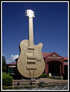 Tamworth Australia's Country Music Capital. The big guitar.