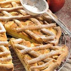 Mřížkový jablečný koláč s tvarohem