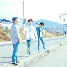 Foto Bts, Jung Hyun, Bias Wrecker, Idol, Celebs, Couple Photos, Korean, Mint, Wallpaper