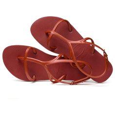 Des sandales plates Havaianas Ballerinas, Espadrilles, Shoes, Fashion, Gladiator Sandals, Flat Sandals, Tap Dance, Barefoot, Pumps