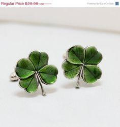 ON SALE Four Leaf Clover Cufflinks Men's Cufflinks Irish Shamrock Steampunk Irish Wedding Men's Accessories Gift Boxed