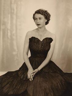 Queen Elizabeth II. Glamorous!