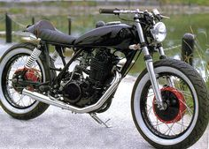 """Degan sent me these pics of an SR400 """"Cafe Rod"""" by MMS Motorcycle Japan.    I like it."""