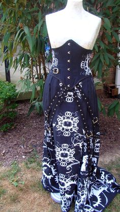 ON SALE Custom Fishtail Victorian Skirt with Gears Print. $280.00, via Etsy.