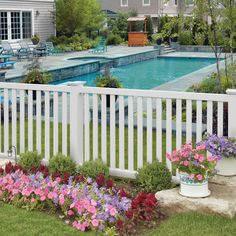Shop Barrette Elite Terex 4-ft x 8-ft White Flat-Top Picket Vinyl Fence Panel at Lowes.com