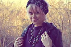 Fashion blogger, Ida, rocks her We Style-scarf, -necklace and -ring. So cool!