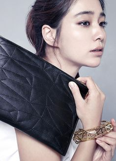 Style Korea: The Art of Korean Fashion • Lee Min Jung for Vincis Bench F/W 2014 Jung So Min, Korean Beauty, Asian Beauty, Yoon Eun Hye, Park Shin Hye, Korean Celebrities, Female Celebrities, Korean Star, Poses