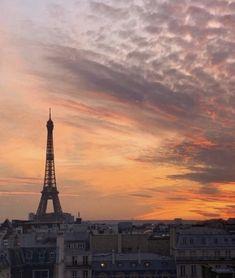 Beautiful Sky, Beautiful Places, Places To Travel, Places To Go, Time Travel, Travel Destinations, Los Angeles Travel, Paris Ville, Oui Oui