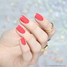 Manicure Colors, Manicure Y Pedicure, Fall Nail Colors, Nail Polish Colors, Nail Art Diy, Diy Nails, Uñas Color Coral, Nails Ideias, Coral Nails With Design