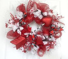 XL Valentine's Day Wreath for front door, deco mesh wreath, winter wreathe, Valentine Decor, cupids arrow, wall decor, decor, door hanger by Leopard on Etsy