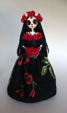 Art Mexicano Calaveras La Catrina 28 Ideas For 2019 Mexico Day Of The Dead, Day Of The Dead Art, Art Ideas For Teens, Art Projects For Adults, Art Therapy Children, Stone Art Painting, White Canvas Art, Spring Art Projects, Halloween Disfraces