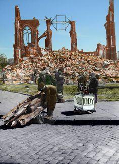 Floriana po wysadzeniu go przez niemców r. Poland History, Germany Poland, City Buildings, Warsaw, Old Photos, Wwii, Lost, France, Prague