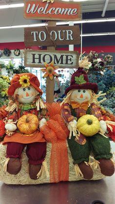 Fall 2017 by Randi Sheldon at Michaels 1600 Thanksgiving Crafts, Thanksgiving Decorations, Fall Crafts, Fall Yard Decor, Fall Home Decor, Adornos Halloween, Fall Arrangements, Harvest Decorations, Fall Projects
