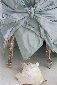 shade of blue I fabric from Carolyn Quartermaine I via Trouvais blog