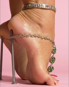 Leg Lady fetish barbara
