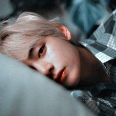 Kim Taehyung , a 23 year old mafia is arranged to a simple and sweet … Jimin, Bts Bangtan Boy, Bts Boys, Jungkook Sleep, Daegu, Foto Bts, Bts Photo, Jung Hoseok, Seokjin
