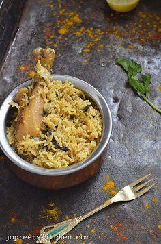 Chicken Biriyani with Homemade Masala Powder  http://www.jopreetskitchen.com/2013/08/chicken-biriyani-with-homemade-masala.html