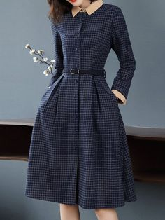 So, never downplay the necessity of stylish fashion choices. Modest Dresses, Cute Dresses, Vintage Dresses, Vintage Outfits, Casual Dresses, Cute Fashion, Modest Fashion, Fashion Dresses, Fall Fashion