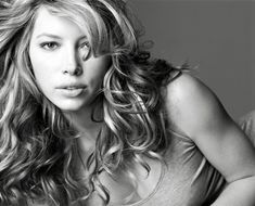 Jessica Biel trivia, pictures, links and merchandise. A page dedicated to this Heaven' TV series actress. Beautiful Celebrities, Beautiful Actresses, Beautiful Women, Beautiful People, Hollywood Celebrities, Hollywood Actresses, Jessica Biel Bikini, Jesica Biel, Beautiful Girl Wallpaper