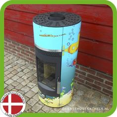 Wood-Bockstove houtkachel model Piccolo, motief Yellow Submarine.