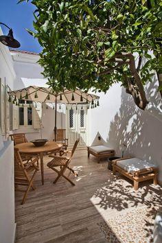 Ein ruhiges Dekor in einer wilden Umgebung - My best home decor list Outdoor Rooms, Outdoor Gardens, Outdoor Living, Outdoor Decor, Outdoor Patios, Design Exterior, Garden Design, House Design, Traditional House