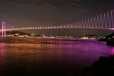was always my dream to walk across the bosphorus bridge..... sailed under it in a boat instead, NOT TOO SHABBY