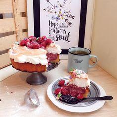"""Знакомьтесь, друзья, это тарт """"Малиновна"""" и его пошаговое приготовление уже ждет вас на сайте - perventina.ru"""