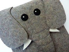 Elephant Kindle fire and Kindle keyboard sleeve - Gray felt