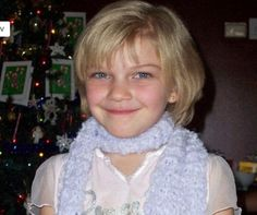 In loving memory of Victoria 'Tori' Stafford After being abducted walking home from school she was raped repeatedly and then the perpetrators beat her head in with a hammer. RIP Sweet Tori, we'll never forget you! Evil People, Crazy People, Innocent Child, Cold Case, In Loving Memory, Criminal Minds, Serial Killers, True Crime, My Heart Is Breaking