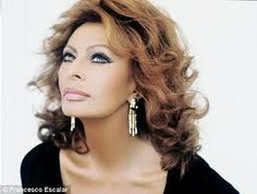 """❤️❥@p̶vѕв143❣❤️ #SophiaLoren """"Beauty is how you feel inside and it reflects in your eyes; it is not something physical"""""""