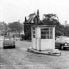 Clifton Nottingham, Nottingham City, Toll House, History Photos, Vintage Photographs, Historical Photos, Old Photos, Britain, The Past