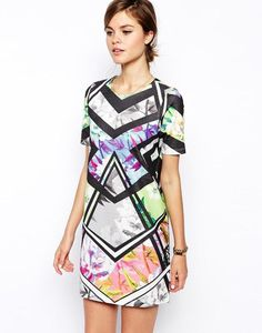 ASOS Shift Dress in Bright Floral Geo Print http://picvpic.com/women-dresses-evening-formal-dresses/asos-shift-dress-in-bright-floral-geo-print?ref=9MoYrR