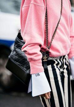 Ideas For Fashion Week Street Style Women Outfit Fashion Details, Look Fashion, Fashion Outfits, Fashion Tips, Fashion Design, Fashion Trends, Feminine Fashion, Fashion Styles, Fashion Ideas