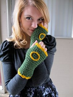 Oregon Ducks Handwarmers by rebekahshaddy on Etsy #GoDucks